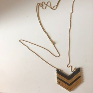 Madewell classic arrow necklace
